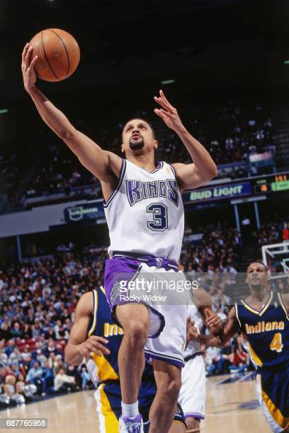 Mahmoud AbdulRauf of the Sacramento Kings shoots against the Indiana Pacers circa 1996 at Arco Arena in Sacramento California NOTE TO USER User...