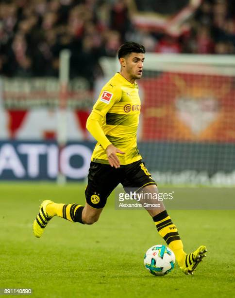 Mahmoud Dahoud of Borussia Dortmund in action during the Bundesliga match between 1 FSV Mainz and Borussia Dortmund at Opel Arena on December 12 2017...