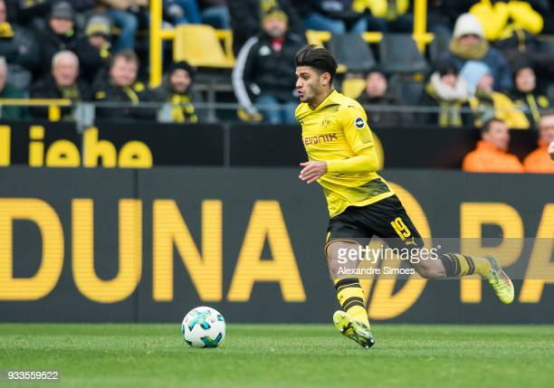Mahmoud Dahoud of Borussia Dortmund in action during the Bundesliga match between Borussia Dortmund and Hannover 96 at the Signal Iduna Park on March...