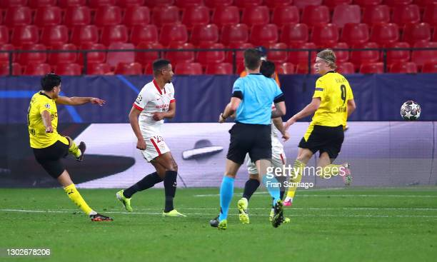 Mahmoud Dahoud of Borussia Dortmund scores their side's first goal during the UEFA Champions League Round of 16 match between Sevilla FC and Borussia...