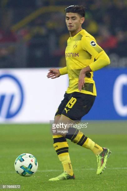 Mahmoud Dahoud of Dortmund controls the ball during the Bundesliga match between Borussia Dortmund and Hamburger SV at Signal Iduna Park on February...