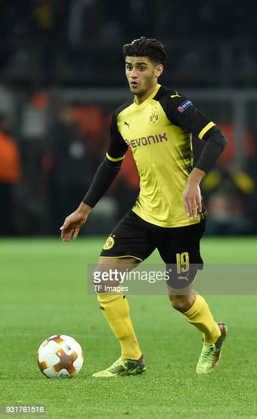 Mahmoud Dahoud of Dortmund controls the ball during UEFA Europa League Round of 16 match between Borussia Dortmund and FC Red Bull Salzburg at the...
