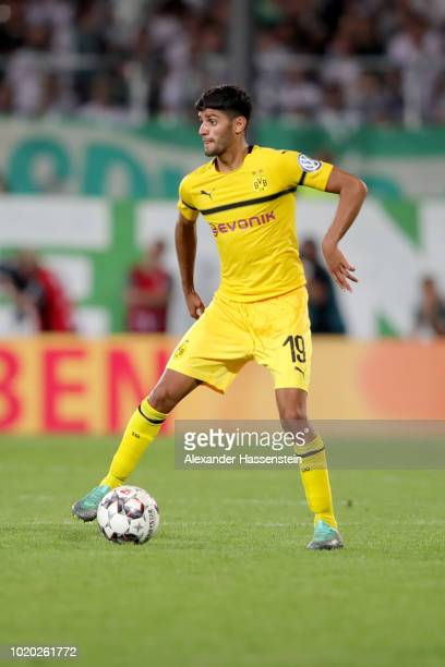 Mahmoud Dahoud of Dortmund runs with the ball during the DFB Cup first round match between SpVgg Greuther Fuerth and BVB Borussia Dortmund at...