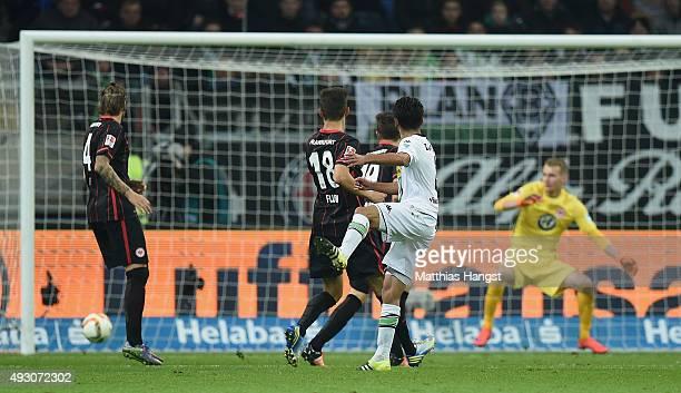 Mahmoud Dahoud of Gladbach scores his team's second goal during the Bundesliga match between Eintracht Frankfurt and Borussia Moenchengladbach at...