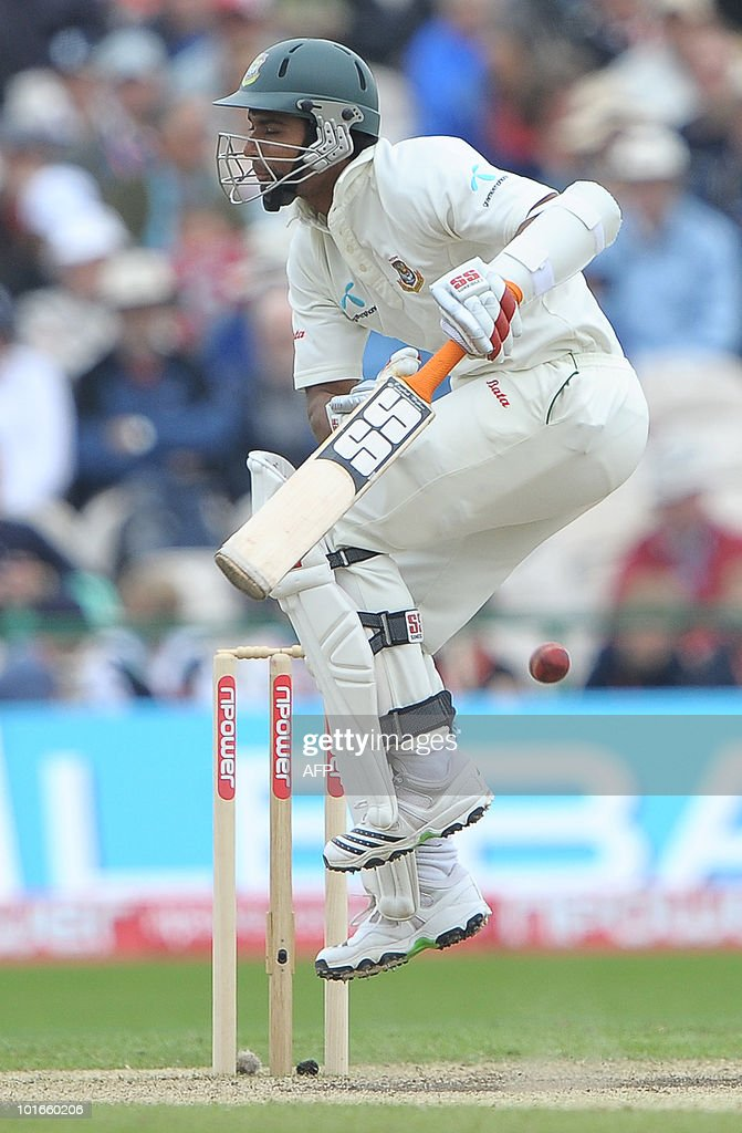 Mahmudullah of Bangladesh bats during the third day of the second Test match between England and Bangladesh at Old Trafford in Manchester, northwest England, on June 6, 2010.