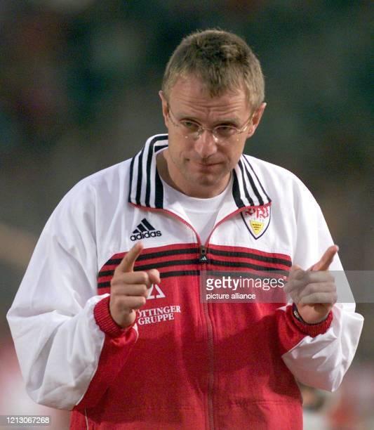 Für Ralf Rangnick dem neuen Trainer des VfB Stuttgart verläuft der Einstand für den VfB Stuttgart alles andere als glücklich Seine Elf verliert am...