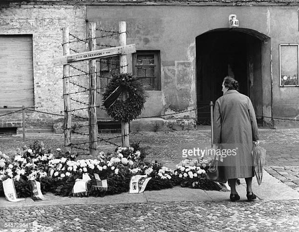 Mahnmal für die an der Mauer umgekommeneIda Siekmann an der Bernauer Strasse 1967