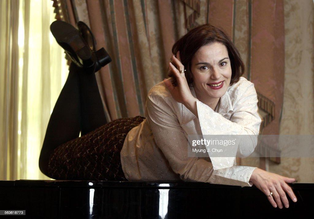 Actriţa Maia Morgenstern va susţine o conferinţă ...  |Maia Morgenstern