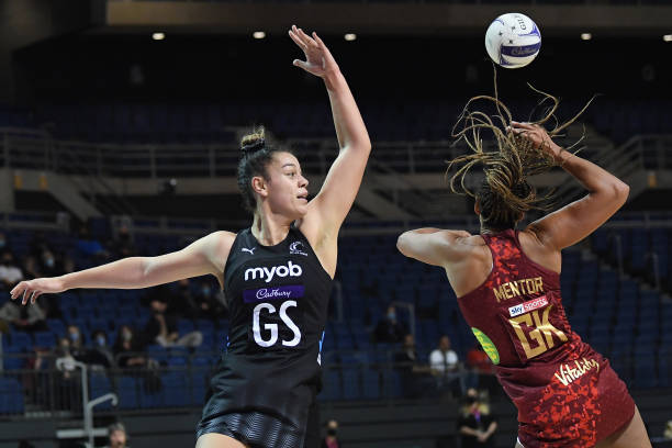 NZL: New Zealand v England - Cadbury Netball Series: Game 1