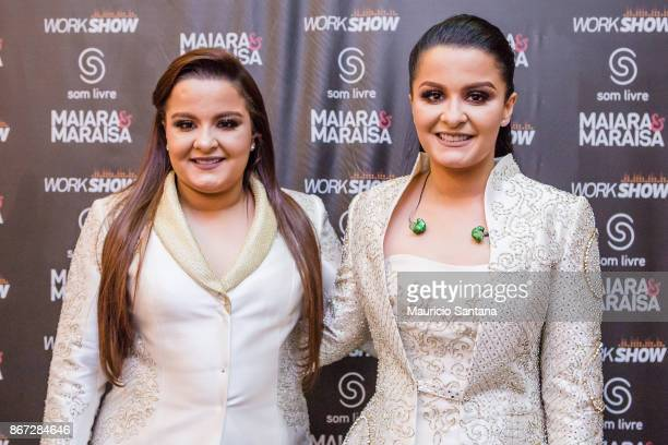 Maiara and Maraisa before the concert at Citibank Hall on October 27 2017 in Sao Paulo Brazil