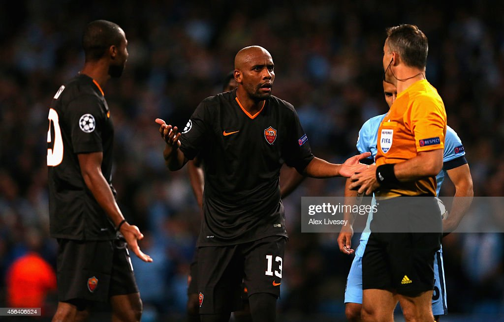 Manchester City FC v AS Roma - UEFA Champions League : News Photo