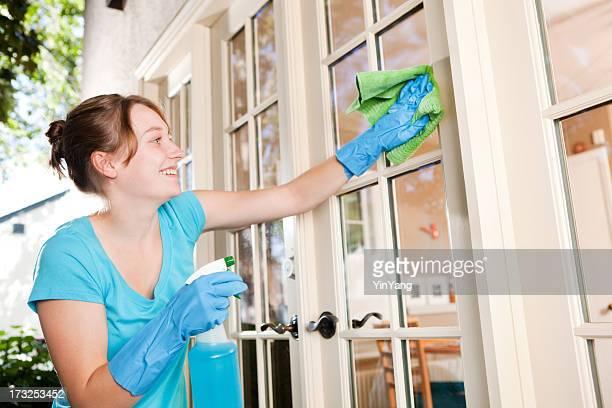 メイド春の清掃サービス、ご自宅の窓を備え、家事家の雑用