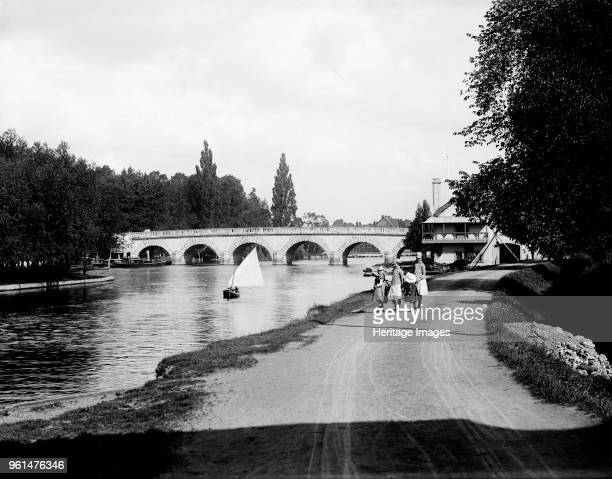 Maidenhead Bridge Berkshire 1885 The north aspect of the bridge seen from the Buckinghamshire bank with a small party of girls walking along the...