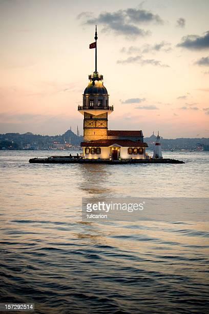 maidens tower istanbul - bering sea stockfoto's en -beelden