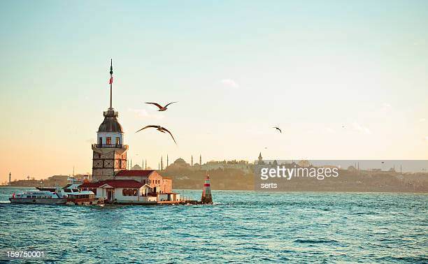 Maiden's Tower/Mail XXXL