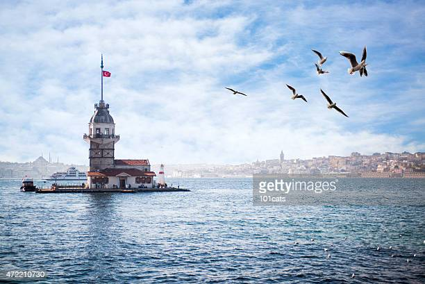maiden's tower - leander licht stock-fotos und bilder