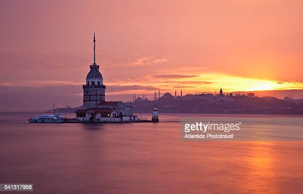 maiden's tower - istanbul foto e immagini stock