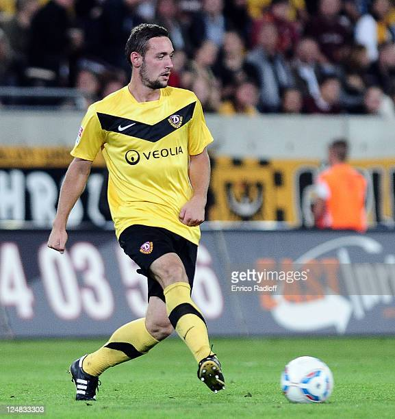 Maik Kegel of Dynamo Dresden passes the ball during the Second Bundesliga match between SG Dynamo Dresden and VfL Bochum at GluecksgasStadion on...