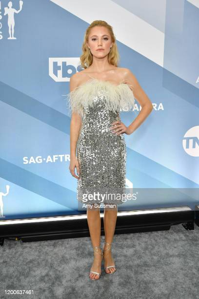 Maika Monroe attends the 26th Annual Screen Actors Guild Awards at The Shrine Auditorium on January 19, 2020 in Los Angeles, California.