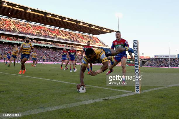 Maika Sivo of the Parramatta Eels scores a try during the round 7 NRL match between the Newcastle Knights and Parramatta Eels at McDonald Jones...