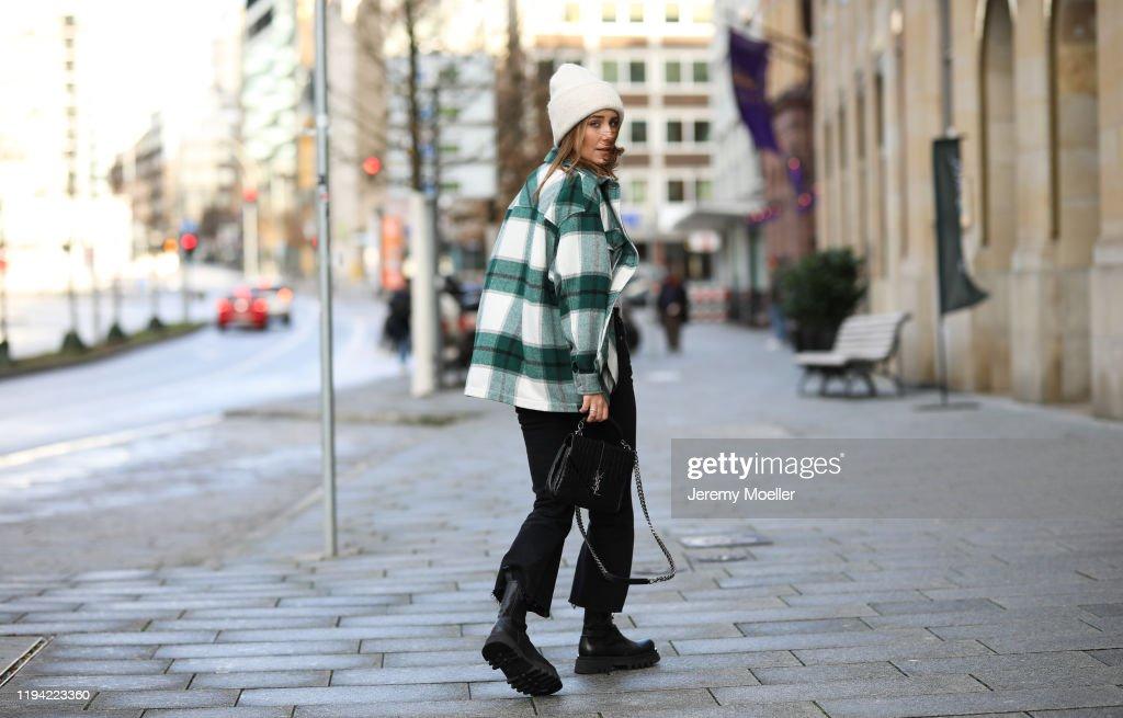 Street Style - Hamburg - December 15, 2019 : News Photo