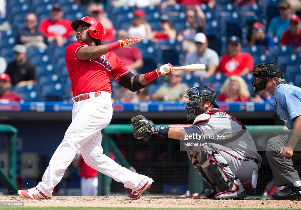 Maikel Franco #7 of the Philadelphia Phillies hits a solo home run in the bottom of the sixth inning against the Atlanta Braves at Citizens Bank Park on July 6, 2016 in Philadelphia, Pennsylvania. The Phillies defeated the Braves 4-3.
