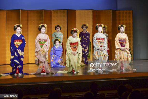 """Maiko,"" traditional young Japanese female entertainers, make their debut on stage in Kyoto on Nov. 23 after many months of coronavirus-forced..."