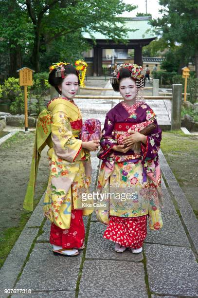 Maiko with the traditional nihongami hairstyle and dangling kanzashi A Maiko is an apprentice geisha in western Japan especially Kyoto Their jobs...
