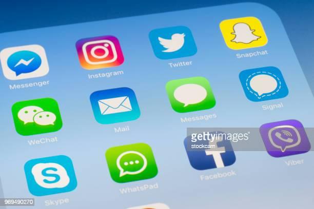 Courrier, Messages et autres médias sociaux Apps sur l'écran de l'iPad