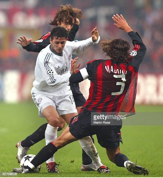 LEAGUE 02/03 Mailand AC MAILAND FC BAYERN MUENCHEN 21 Andrea PIRLO/AC MAILAND Claudio PIZARRO/FC BAYERN MUENCHEN Paolo MALDINI/AC MAILAND