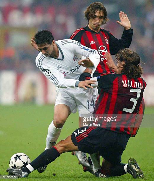 LEAGUE 02/03 Mailand AC MAILAND FC BAYERN MUENCHEN 21 Claudio PIZARRO/BAYERN Paolo MALDINI/MAILAND