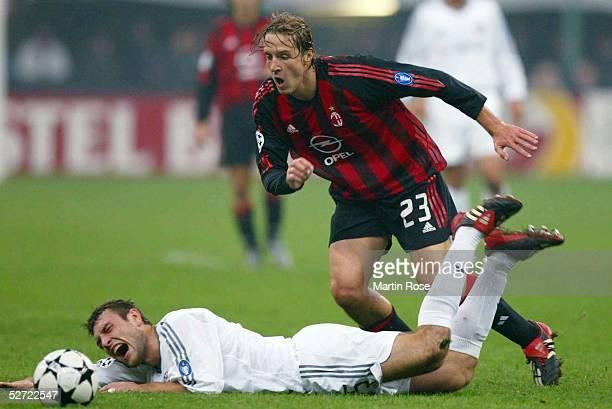 LEAGUE 02/03 Mailand AC MAILAND FC BAYERN MUENCHEN 21 Robert KOVAC/BAYERN Massimo AMBROSINI/MAILAND