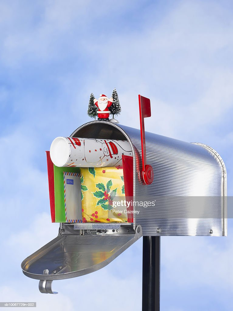 Us Mailbox With Christmas Gifts And Mail Closeup Stock Photo | Getty ...
