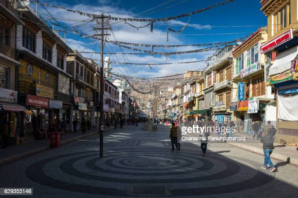 main bazaar in leh city, ladakh, india - kashmir day stock pictures, royalty-free photos & images