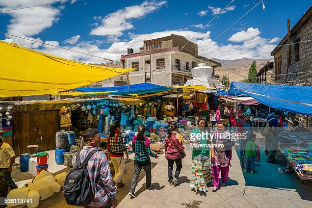 main bazar in the old city - jammu and kashmir stock pictures, royalty-free photos & images