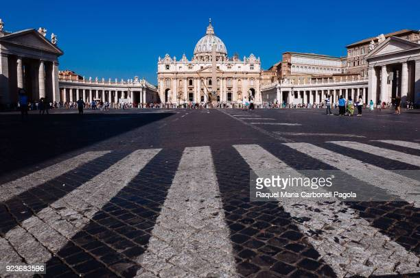 S SQUARE VATICAN CITY VATICAN Main façade and dome of St Peter's Basilica and Bernini's colonnade
