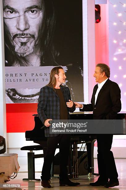Main guest of the show for his new album 'Vieillir avec toi', singer Florent Pagny and presenter of the show Michel Drucker attend 'Vivement...