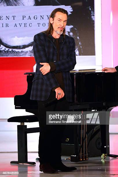 Main guest of the show for his new album 'Vieillir avec toi', singer Florent Pagny attends 'Vivement Dimanche' French TV Show. Held at Pavillon...