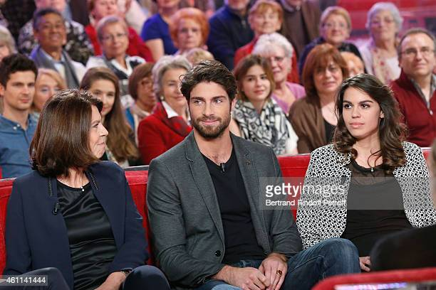 Main guest of the show Michel Leeb with his children Tom Leeb Fanny Leeb and his wife Beatrice Leeb attend the 'Vivement Dimanche' French TV Show at...