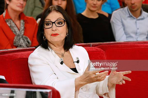 Main guest of the show singer Nana Mouskouri presents her Happy birthday tour during the 'Vivement Dimanche' French TV Show at Pavillon Gabriel on...