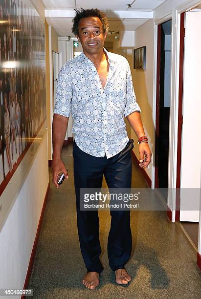 Main guest of the show singer Yannick Noah presents his new album 'Combats Ordinaires' at the 'Vivement Dimanche' French TV Show. Held at Pavillon...