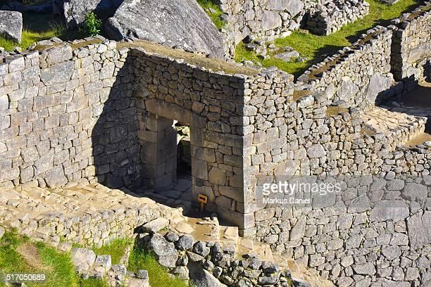 """main portal of machu picchu citadel - """"markus daniel"""" fotografías e imágenes de stock"""
