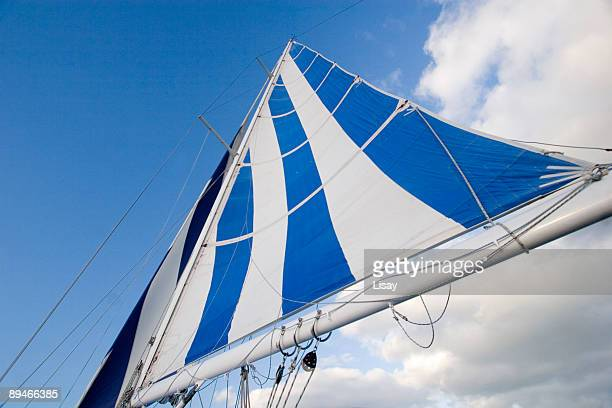 main sail - sail boom stock pictures, royalty-free photos & images