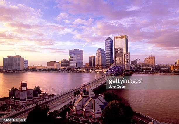main street bridge across st. john's river - jacksonville florida stock pictures, royalty-free photos & images