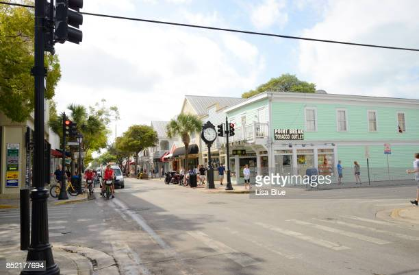 main street in key west - duval street stock pictures, royalty-free photos & images
