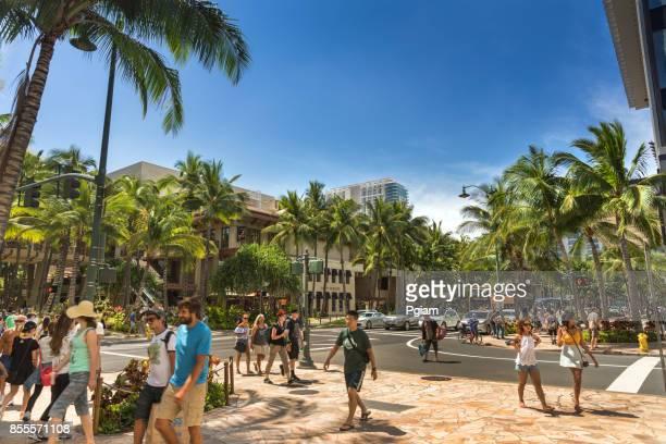 main street kalakaua avenue in waikiki beach hawaii - waikiki stock pictures, royalty-free photos & images