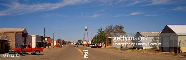main street of melrose, new mexico - timothy hearsum stock pictures, royalty-free photos & images