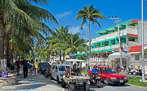 main street on isla de mujeres, mexico - isla mujeres stock pictures, royalty-free photos & images