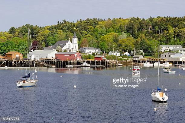 Maine coast Boothbay Harbor boats.