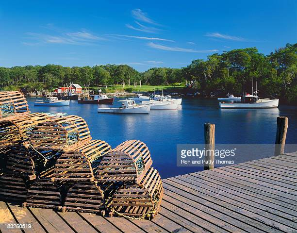 maine fishing village - fishing village stock pictures, royalty-free photos & images